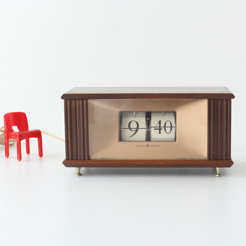 vintage GE wood flip clock