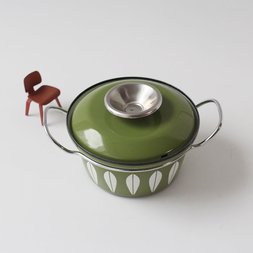 vintage cathrineholm pot (green)
