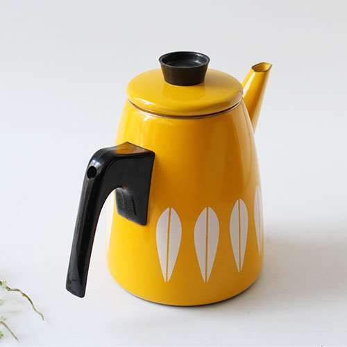vintage cathrineholm coffee pot (yellow)