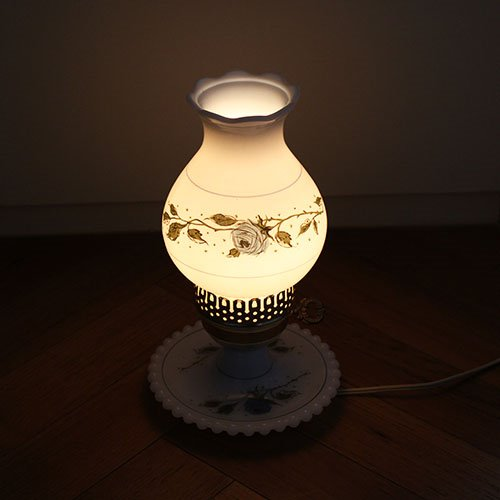 vintage milk glass table lamp