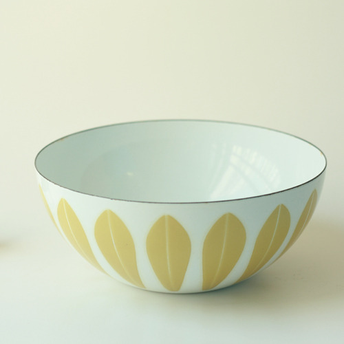 vintage cathrineholm bowl