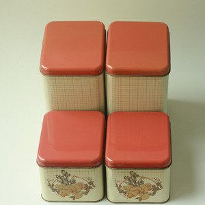 vintage tin canister (4 SET )