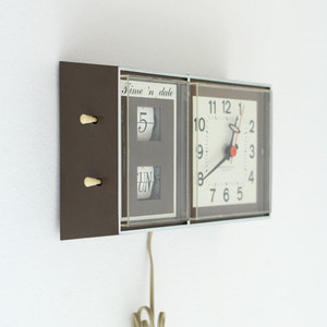 vintage westclox brown wall clock #02